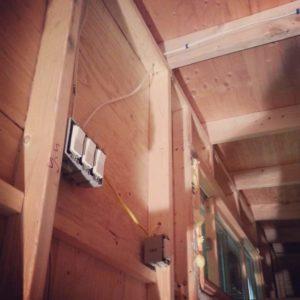fan light / ceiling fan / loft light + outlet