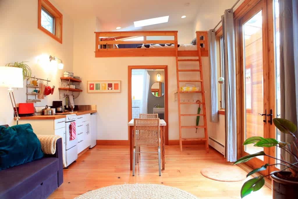 Pocket House on Airbnb